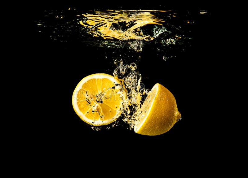 Top 6 reasons to use Lemon + Water for weight loss
