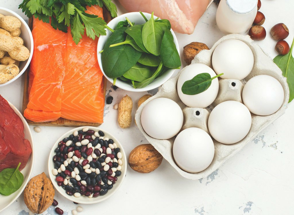 5 side effects of eating too much protein