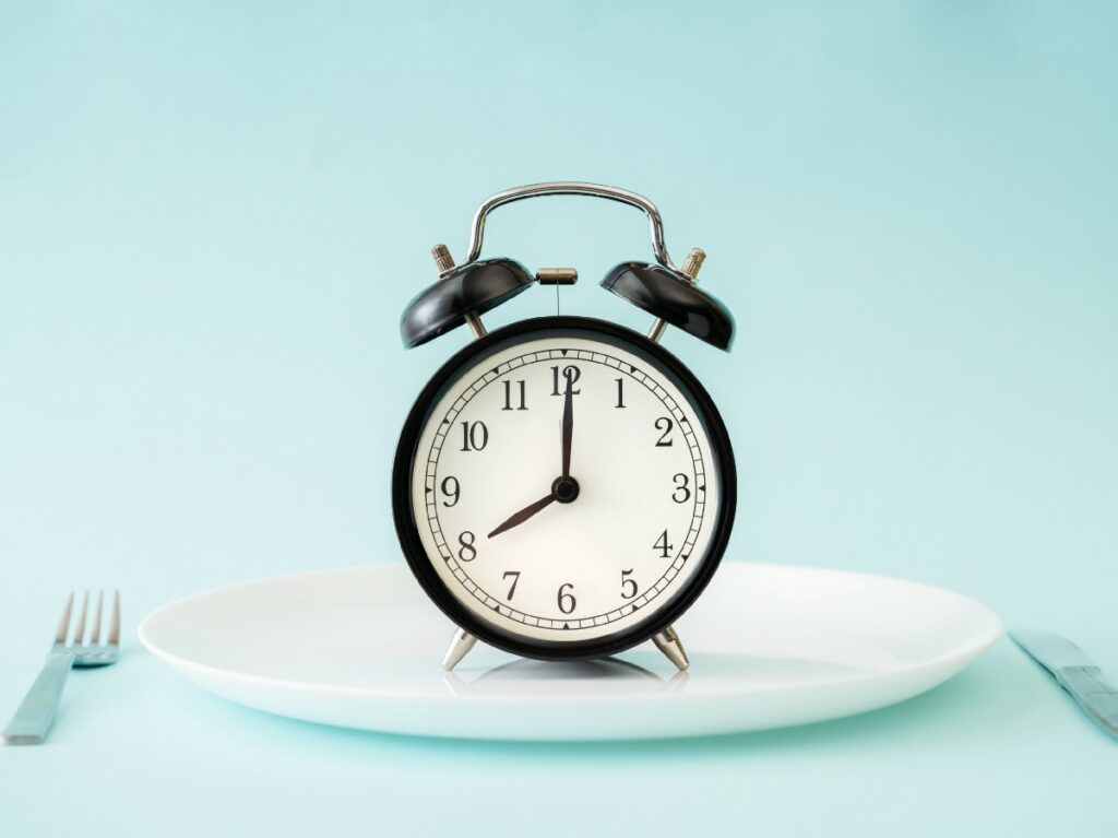 How intermittent fasting helps you to lose weight